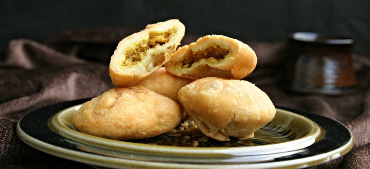 Khasta Dal Kachoris-Spiced Lentils Stuffed Kachoris